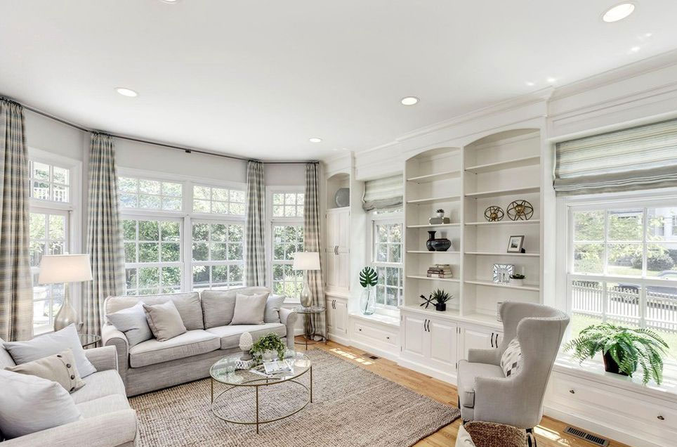 Arlington Virginia home staging of sun room