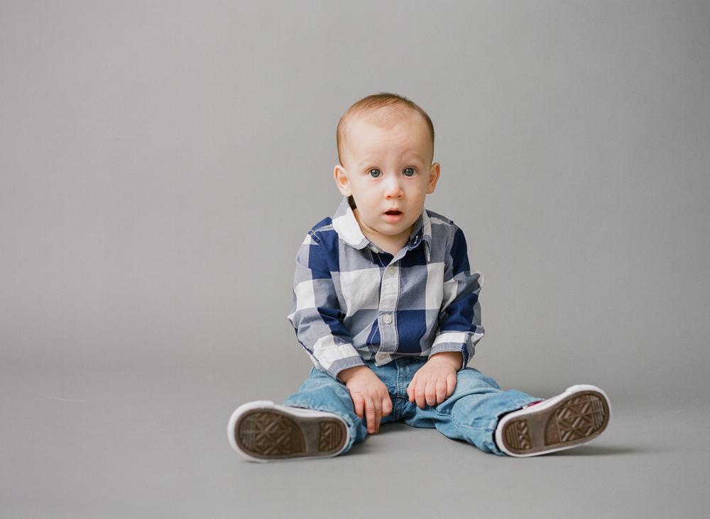 carrie_geddie_raleigh_child_photography_studio011.jpg