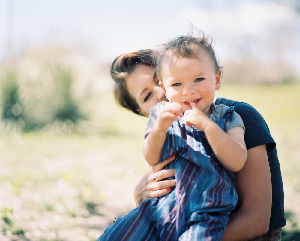 raleigh_motherhood_photographer_fine_art002.jpg