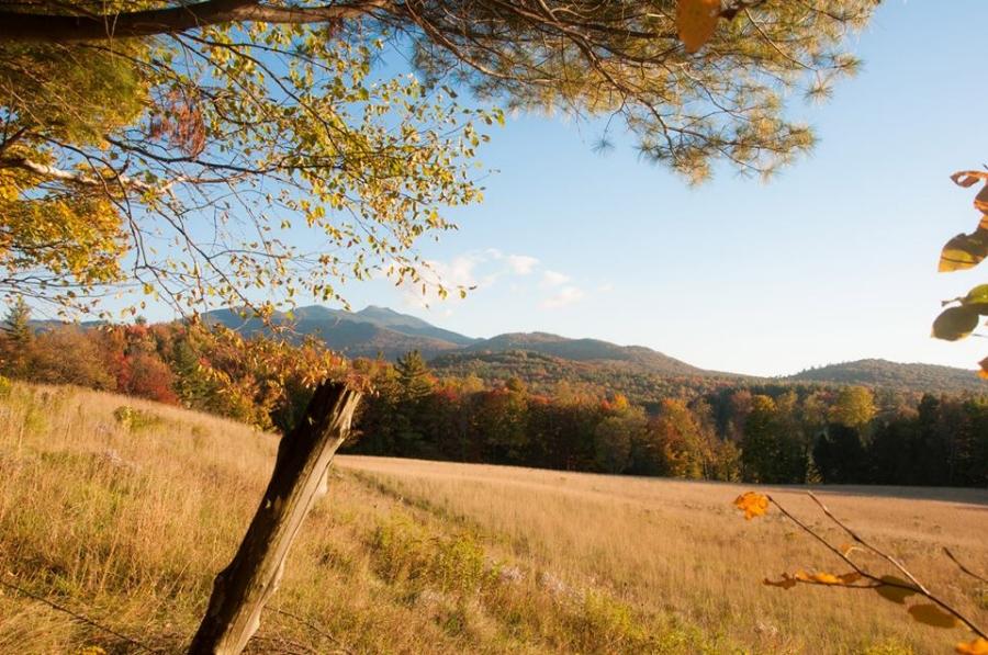 Tour Vermont Fall Autumn Mountain Views