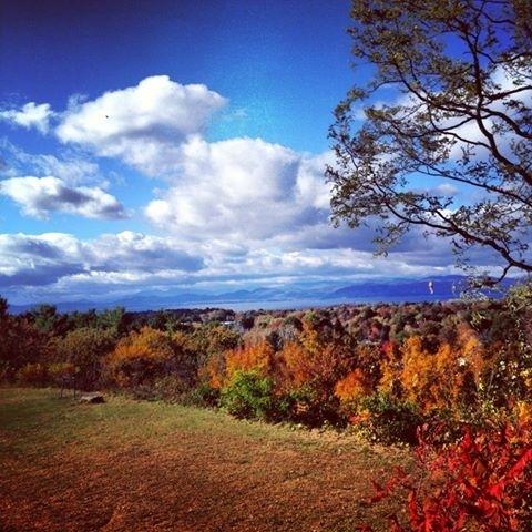 Fall foliage VT Tours Lake champlain