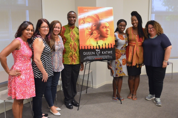 Bloggers with Robert Katende and Phiona Mutesi. Photo: Carol Jones /  All Mommy Wants