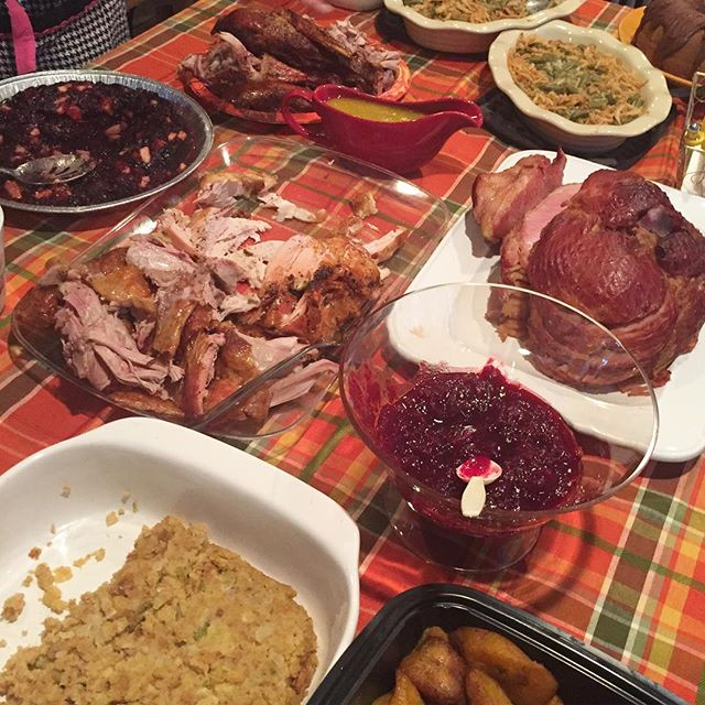 There's cranberries and maduros on our table. Happy Cuban Thanksgiving. 🇨🇺🦃