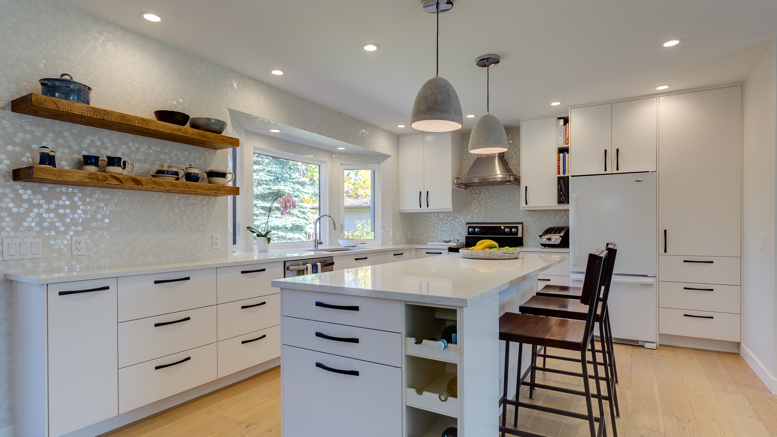 Kitchen3A.jpg