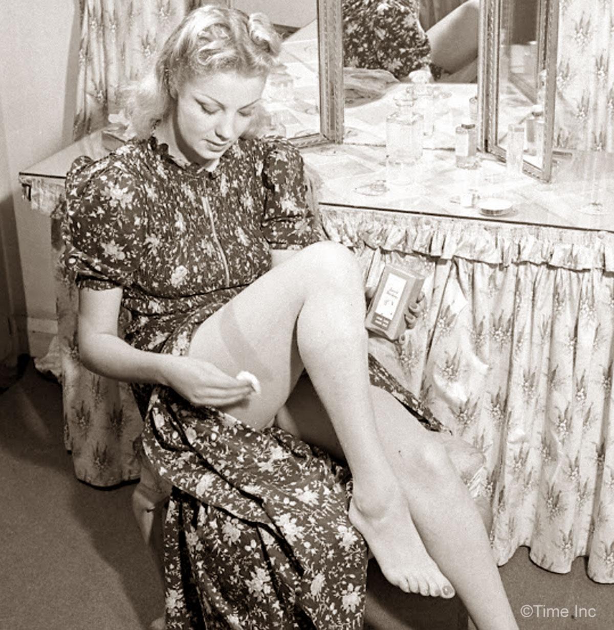 lingeriebydecade1940s1.jpg