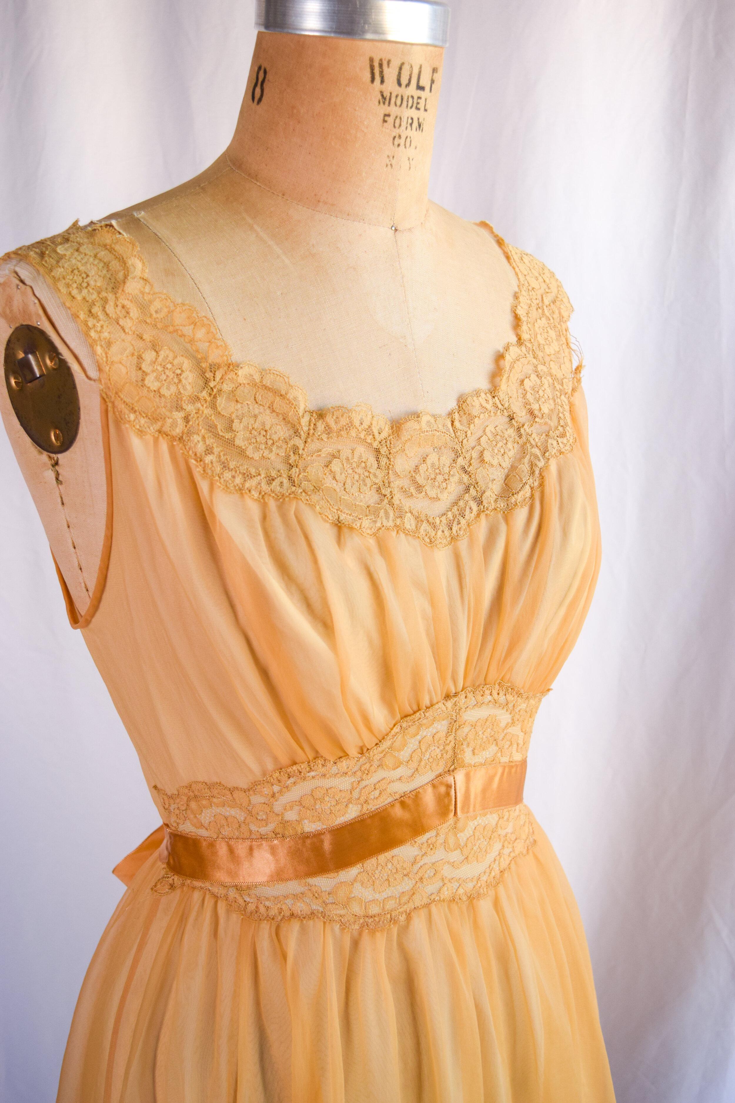 Vintage 1960s Yellow Nightgown by Vanity Fair in sz M