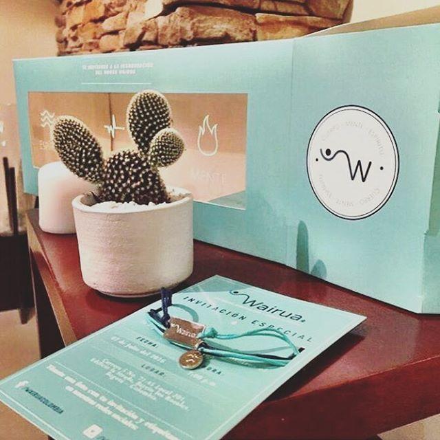 Felicitamos a nuestro cliente @wairuacolombia en su lanzamiento! 🎉🎉. Da mucha felicidad ver un trabajo hecho con esfuerzo hacerse realidad! Logotipo, branding, señalización, invitación y página web (www.wairuacolombia.com) hechas en TAF!  #mundowairua #madeintaf #lanzamiento #invitations #design #spa @dia_bla