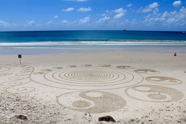 beach-2487581_640.jpg