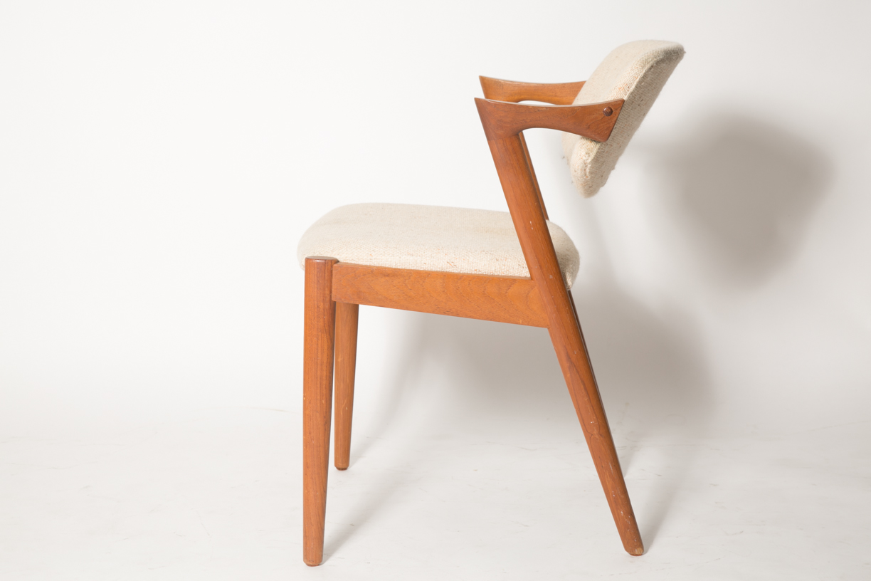 Creme Z chairs 9 KK.jpg