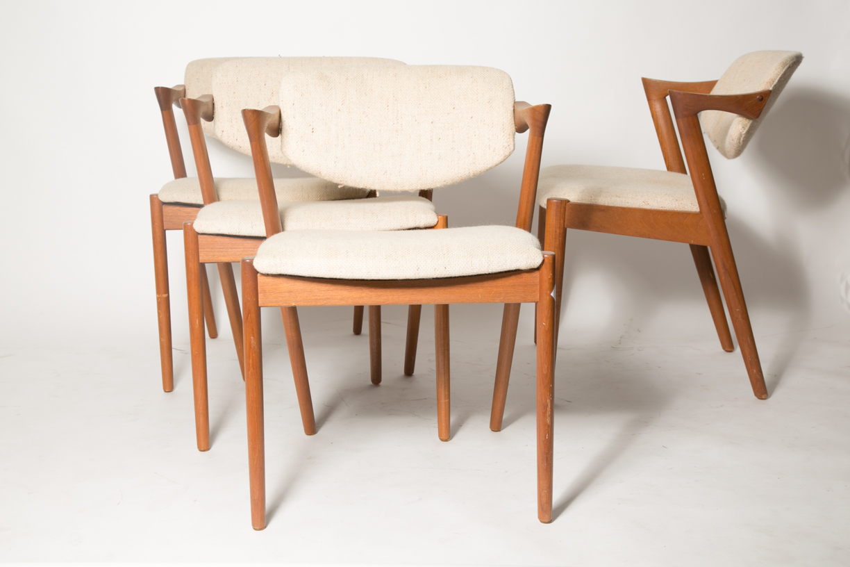 Creme Z chairs KK 5.jpg