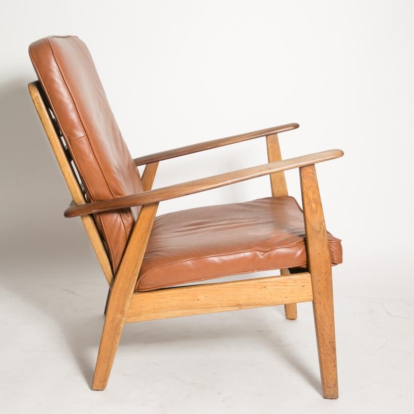 Wegner cigar chair 7.jpg