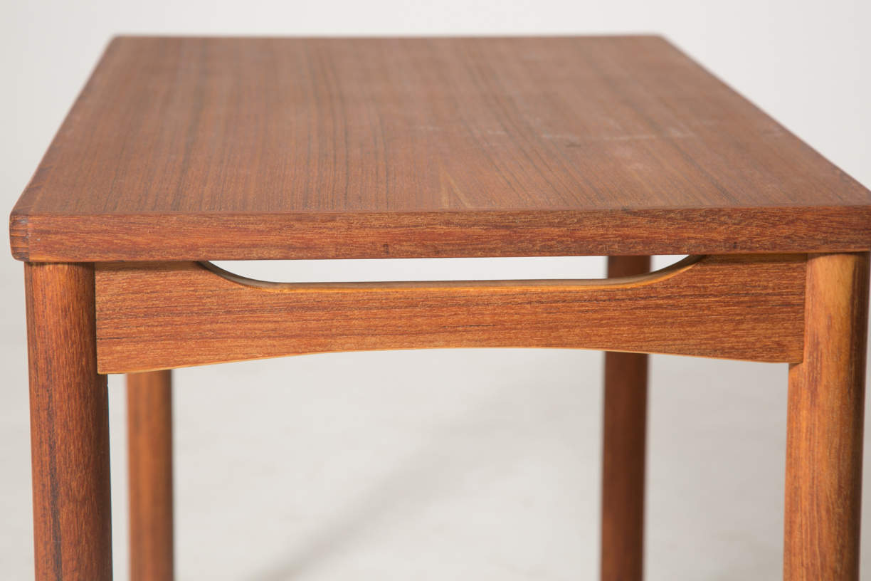 carve skirt end table 6.jpg