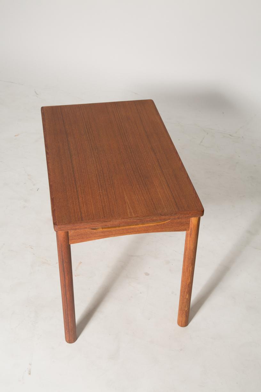 carve skirt end table 7.jpg