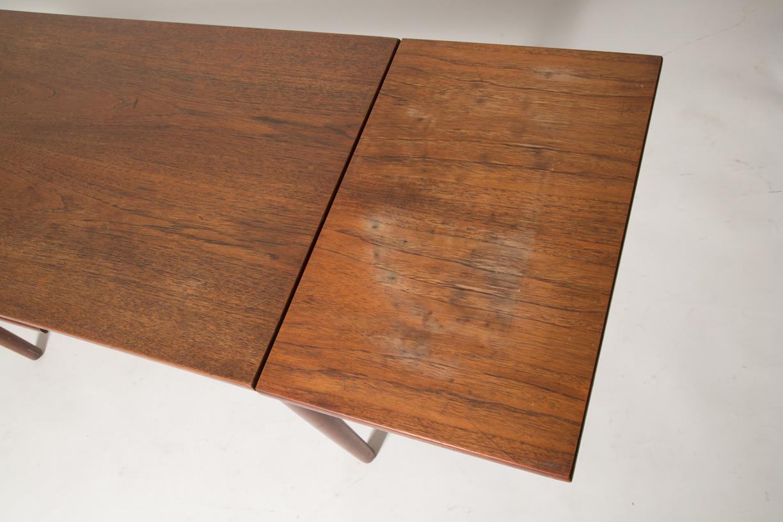 extension teak coffee table 3.jpg