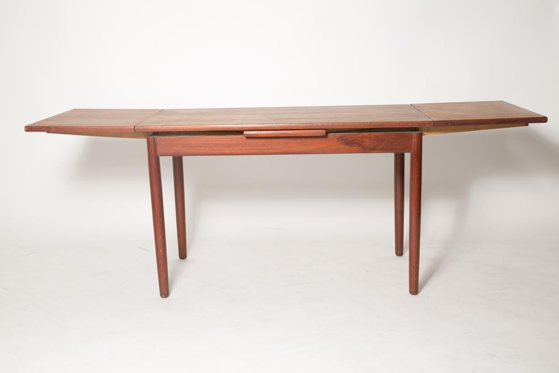extension teak coffee table .jpg