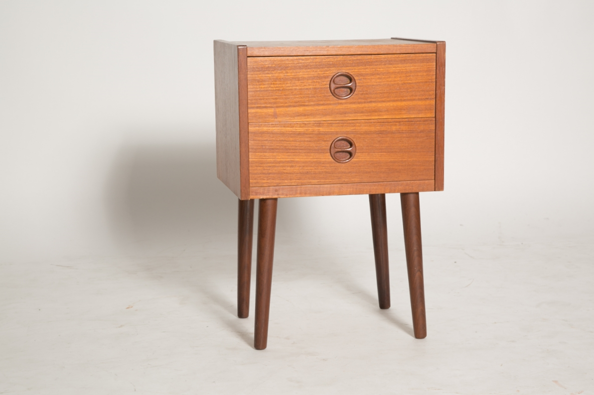 Square nightstand with split round pulls 2.jpg
