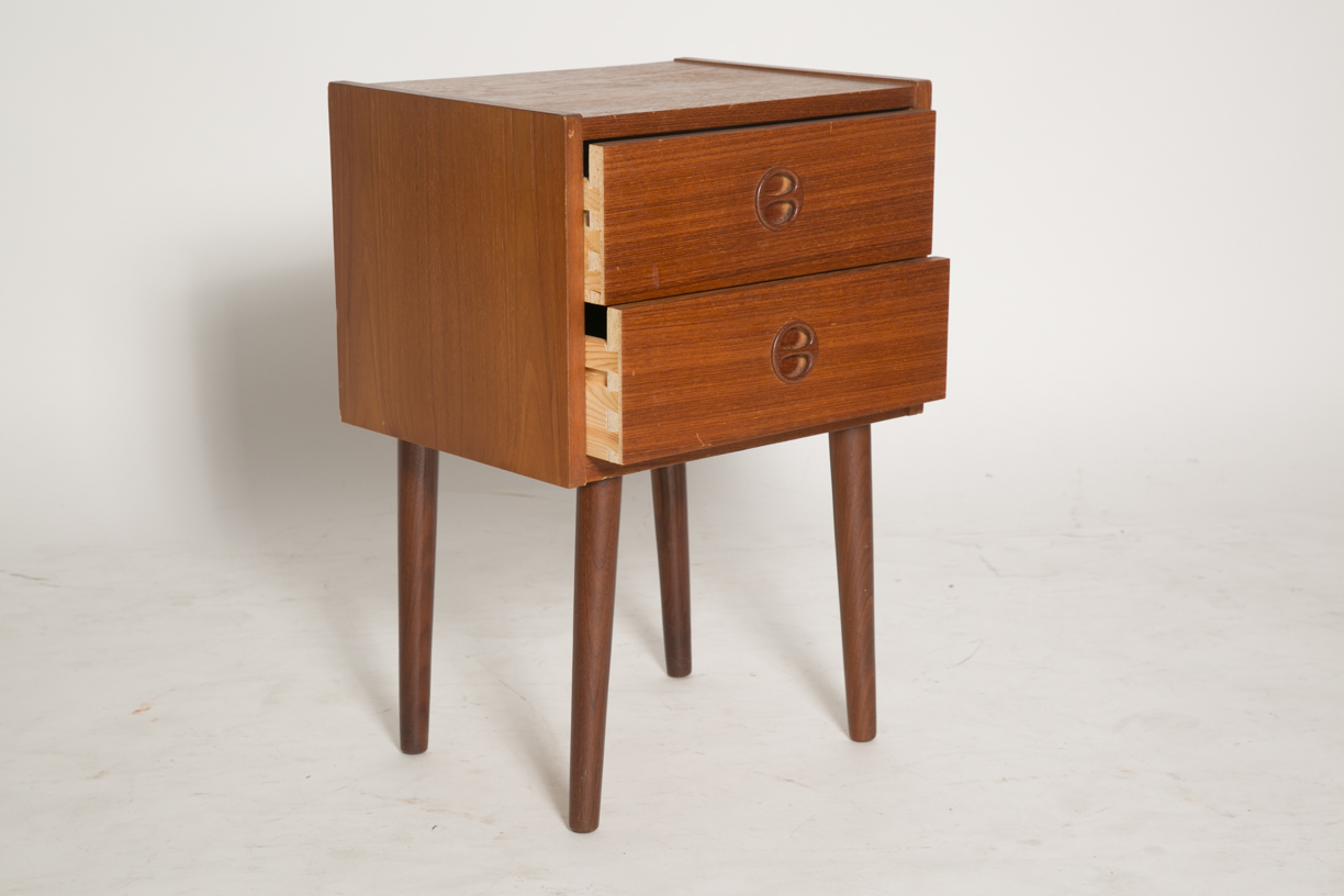 Square nightstand with split round pulls 10_FRONT.jpg