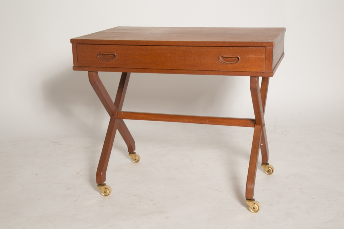 X Base sewing table.jpg