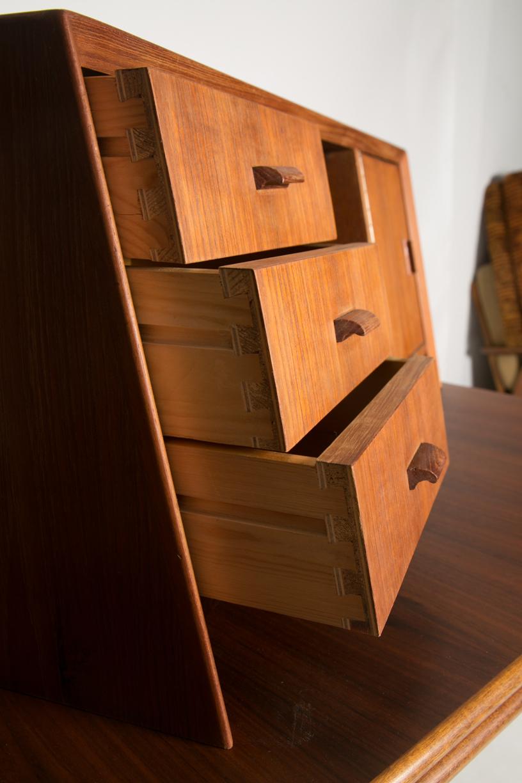 danish desk hutch 8.jpg