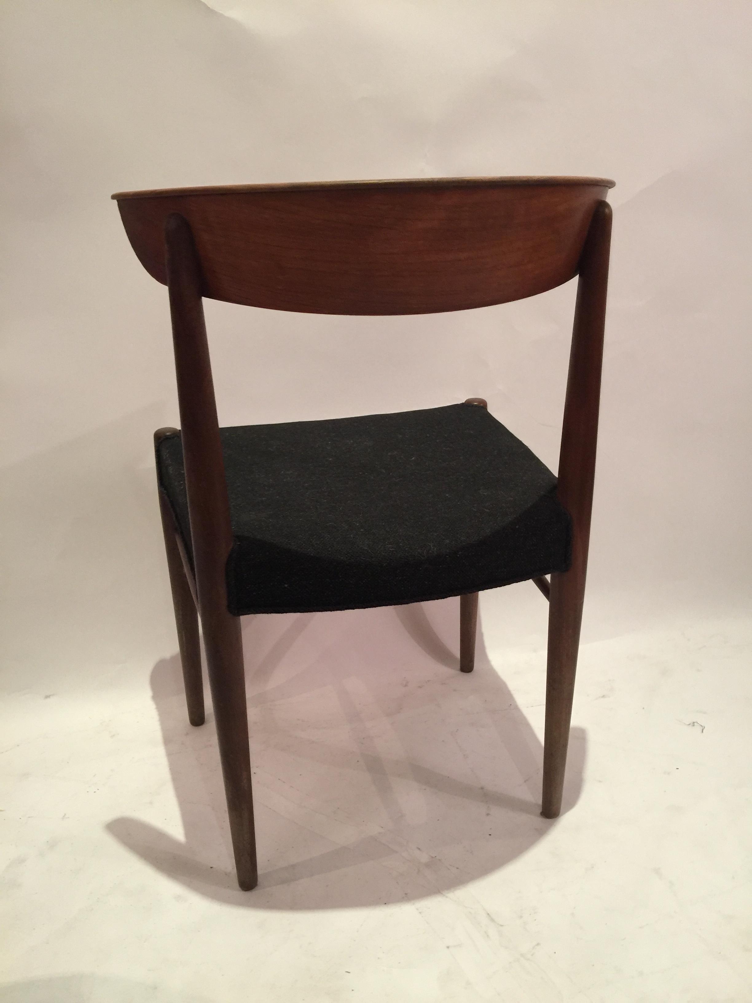 danish peg joint danish chairs in teak 15.JPG