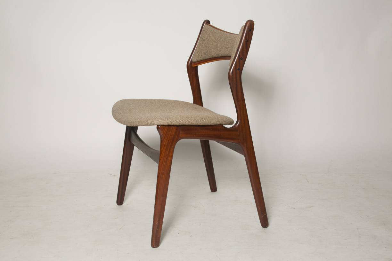 Erik Buck Model 310 dining chairs 8.jpg