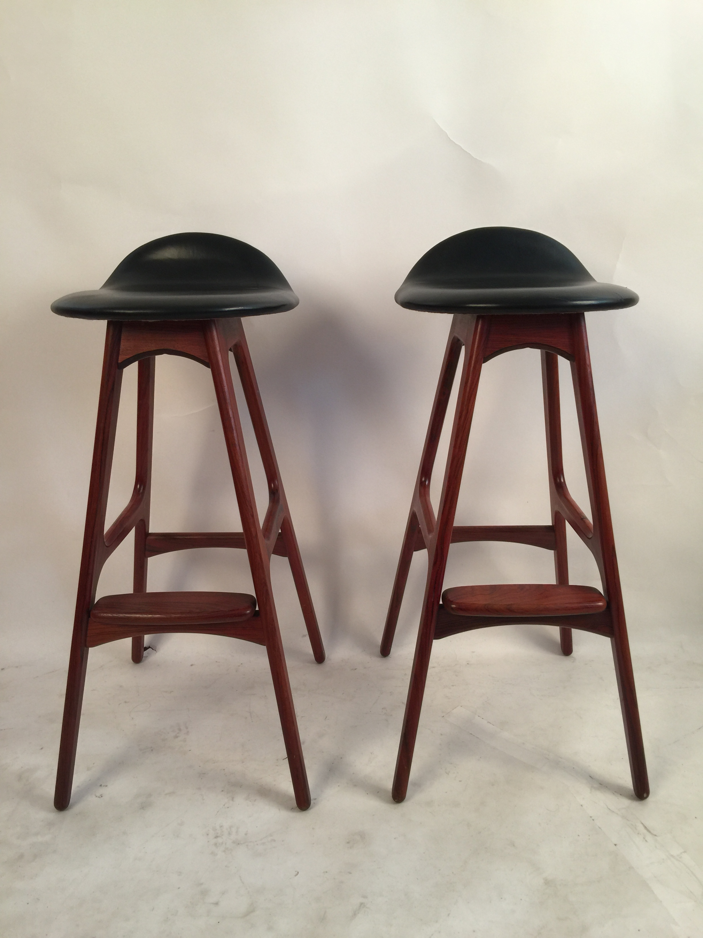 Erik Buck model OD61 bar stools