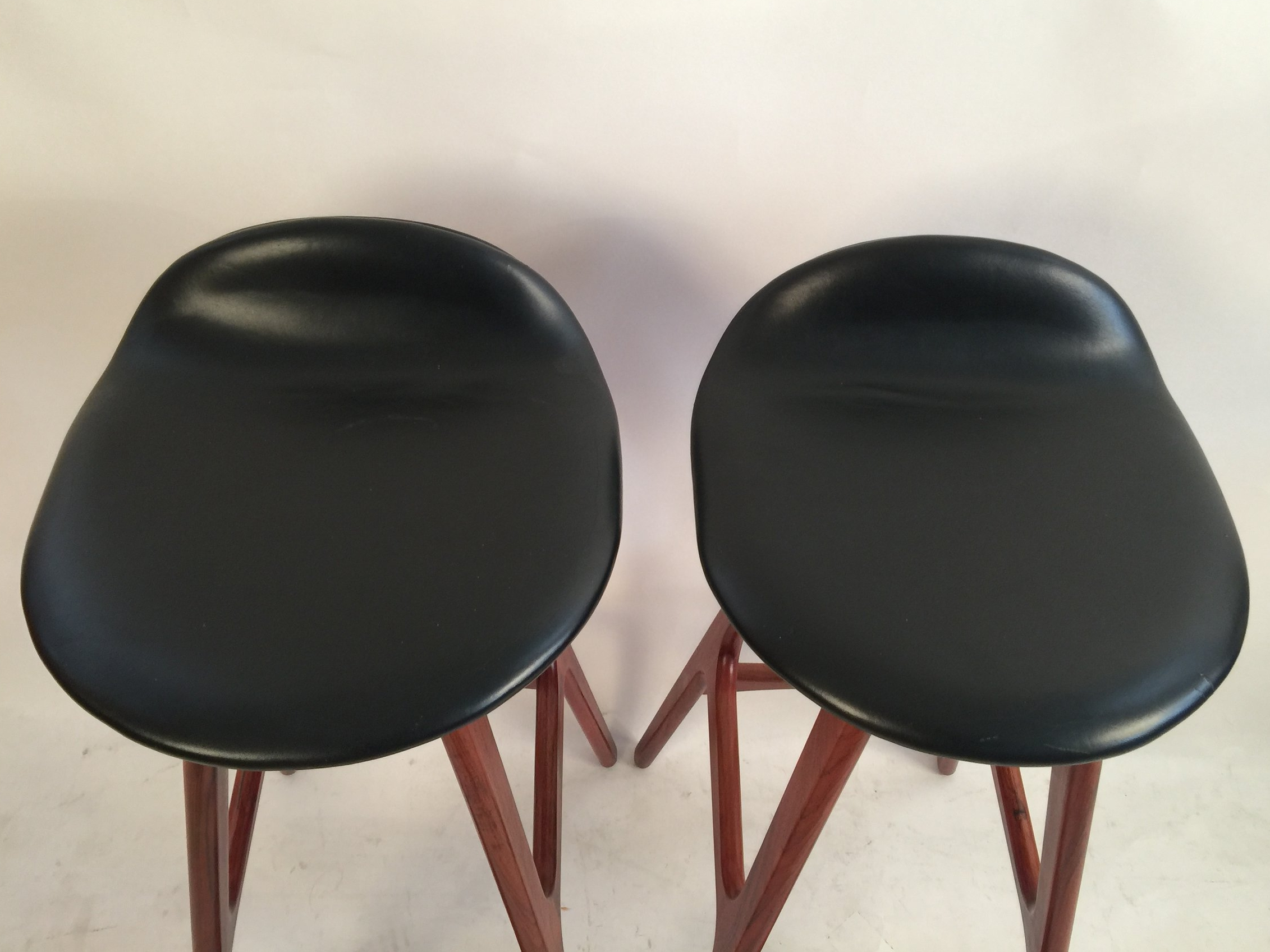 Erik Buck pair of black leather and rosewood bar stools_model 0D61  6.JPG