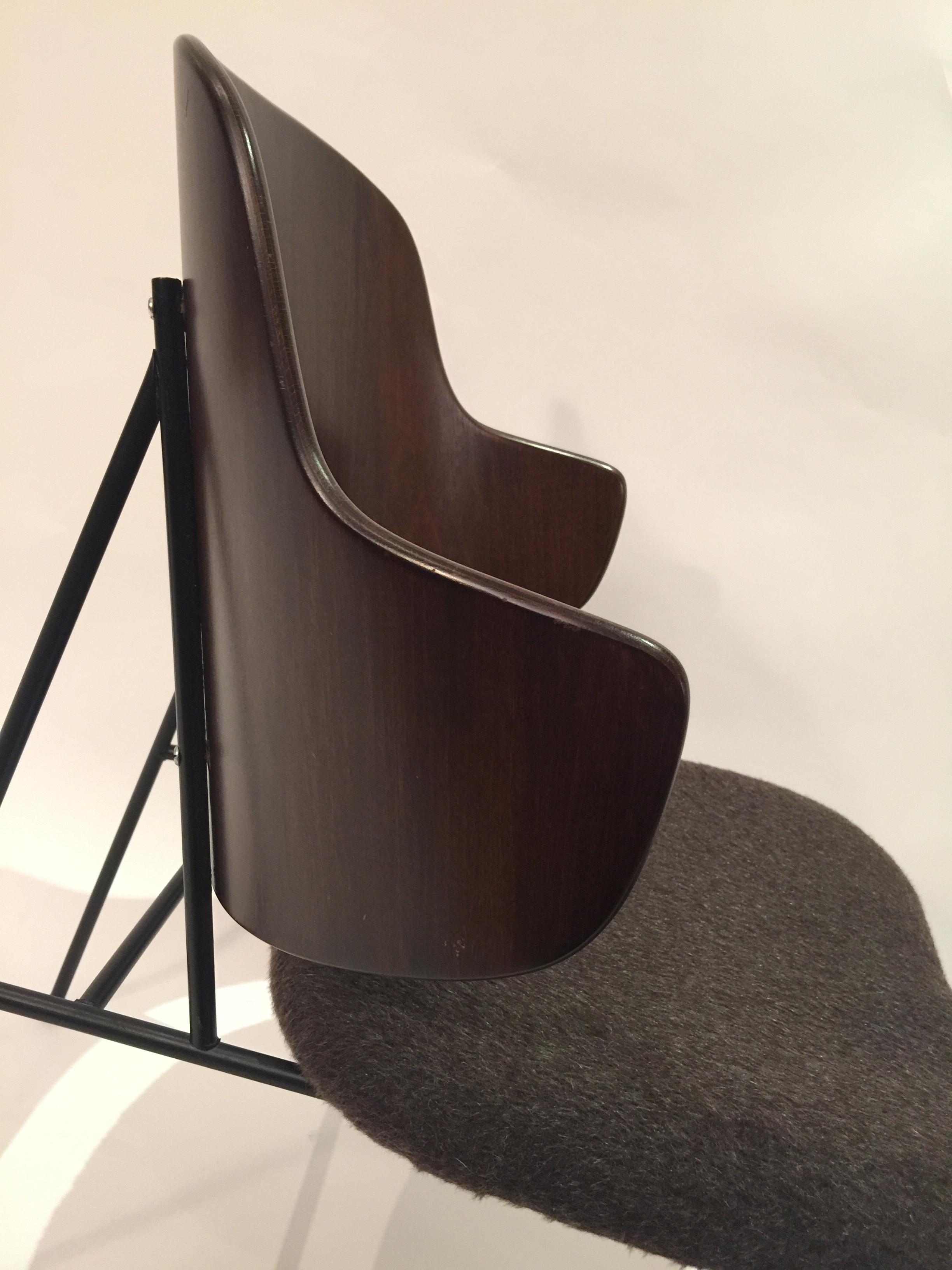 Ib Kofod-Larsen %22Penguin%22 Chair 5.JPG