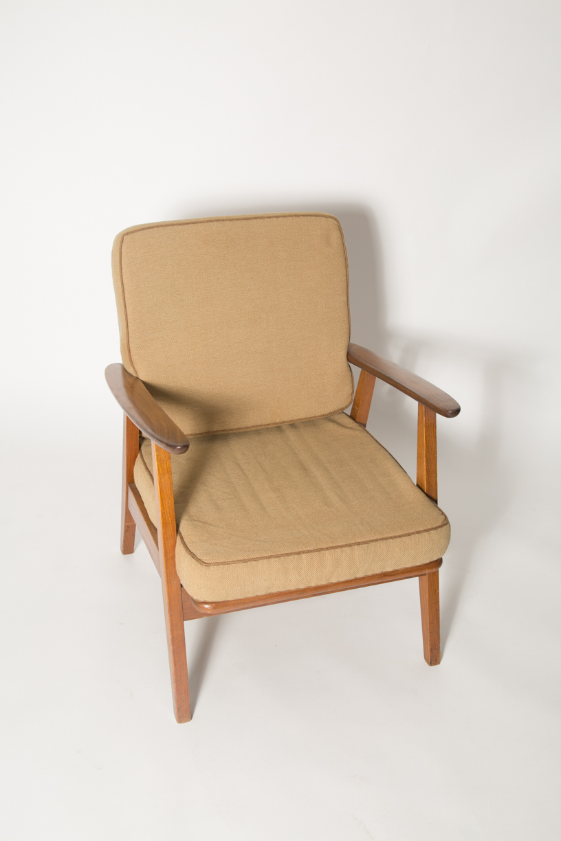 Teak cigar chair