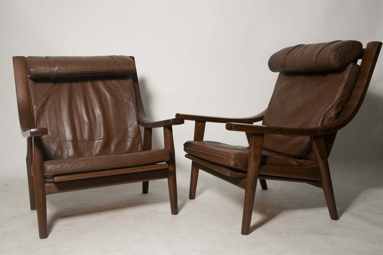 Hans J. Wegner GE530 Lounge chairs
