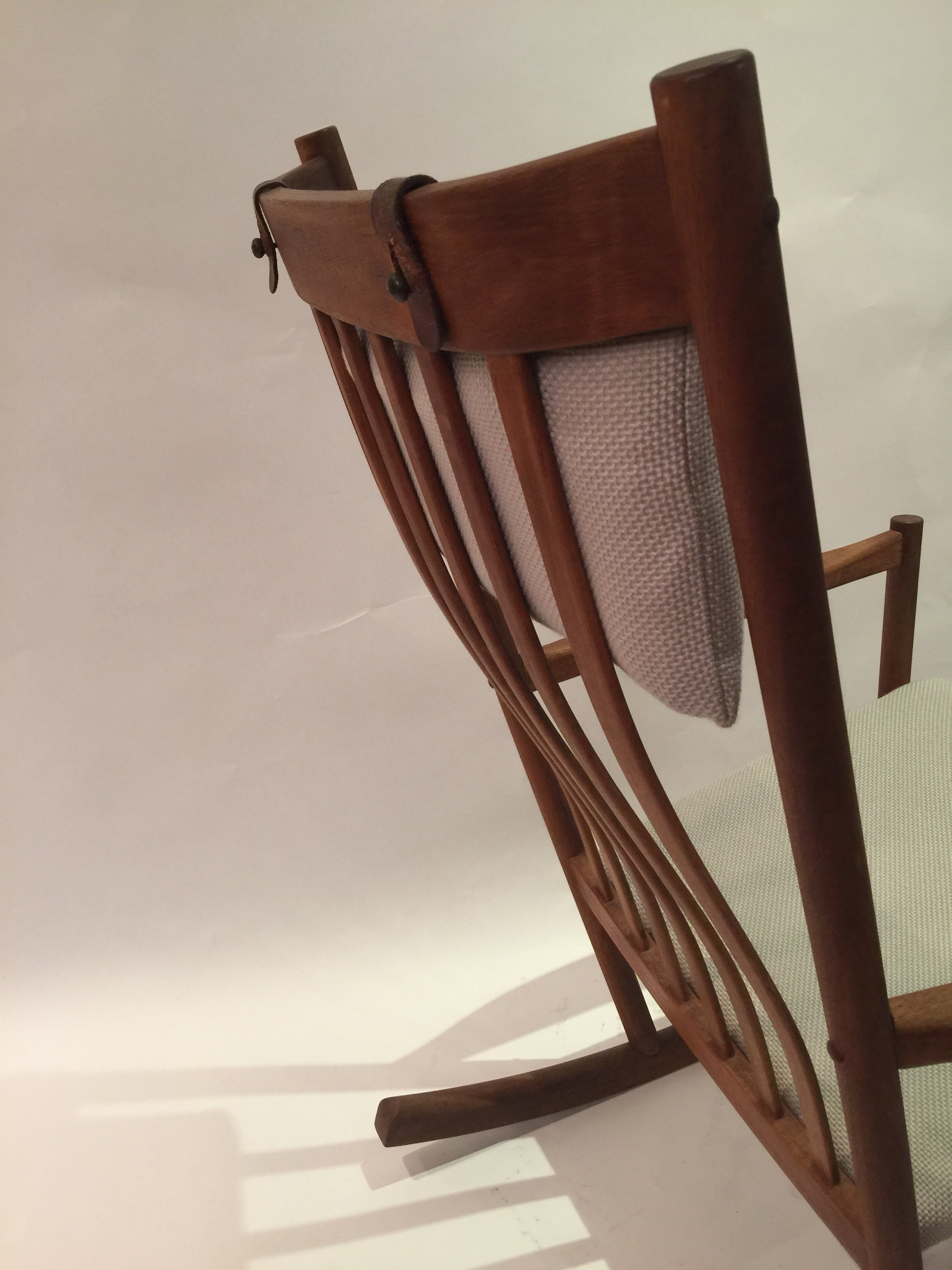 Wagner for Tram Stole - rocking chair 18.JPG
