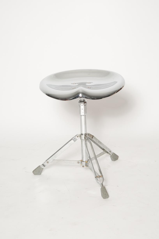 Yasuaki Sasamoto Saddle stool