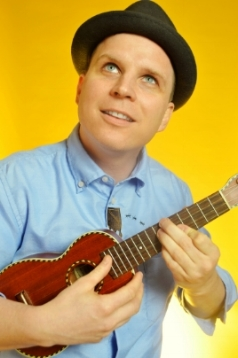 Ben Mealer  sings and plays ukulele and percussion in the Quartet.