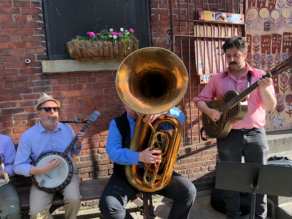 The gang at Superfine DUMBO, with Ernie Vega on guitar and Brian Nalepka somewhere behind the tuba.  June 6, 2019.  Photo Jim Melloan