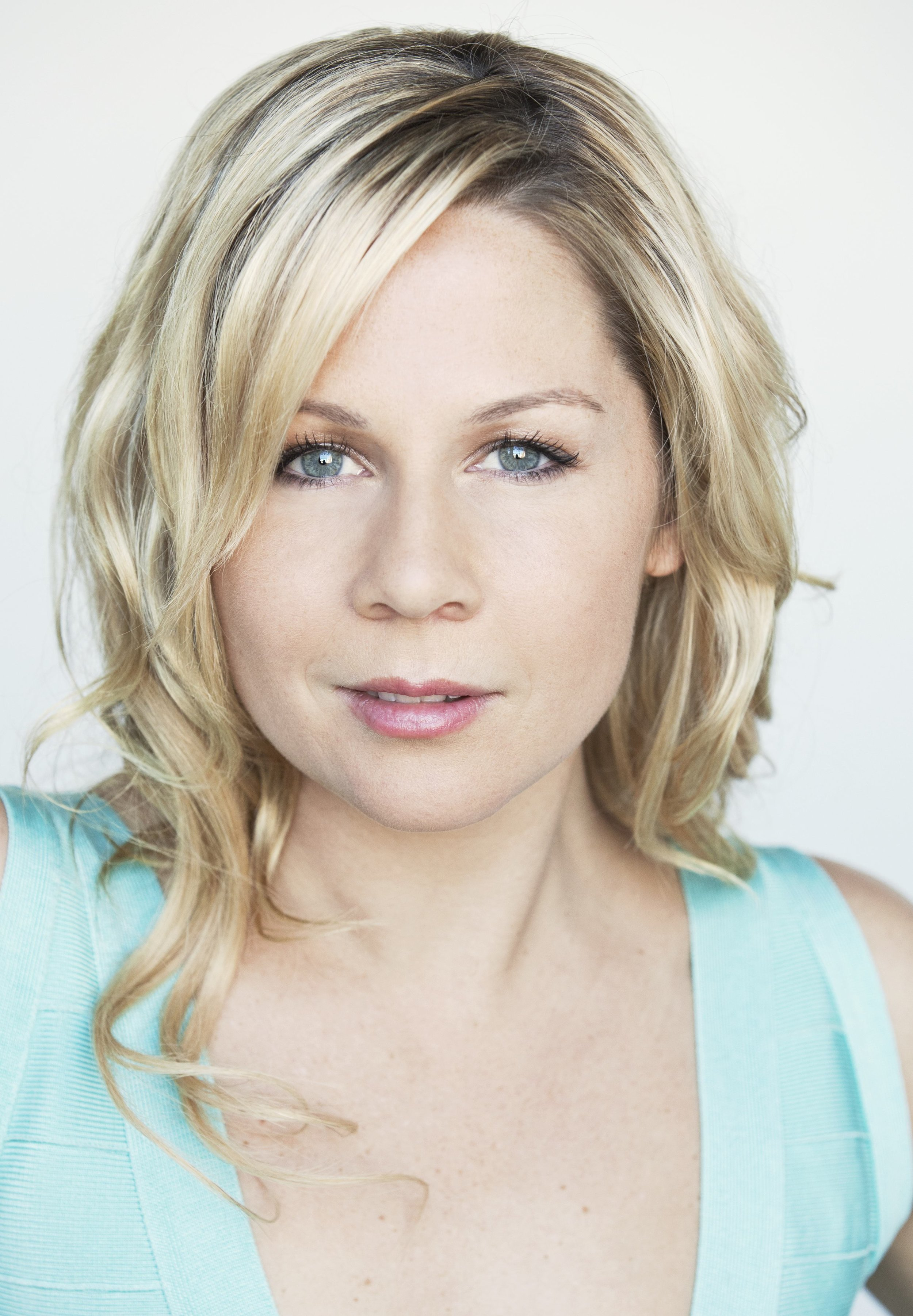 DAVIDGigi Edgley Headshot 2012 Best quality copy copy 2.jpg