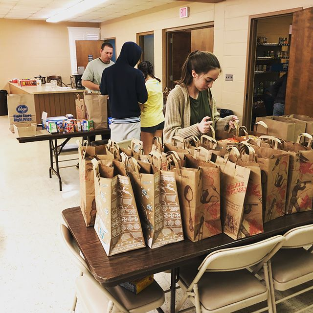 The Riverwood Church of Christ youth group just happened to be there when we showed up to pack up spring break bags and they jumped right in to help!  Riverwood has been so gracious with their space and their resources. We are so thankful for their heart to serve and get involved in their own community. #eastnashville #buildsomething #growsomething #loveyourneighbor  #community