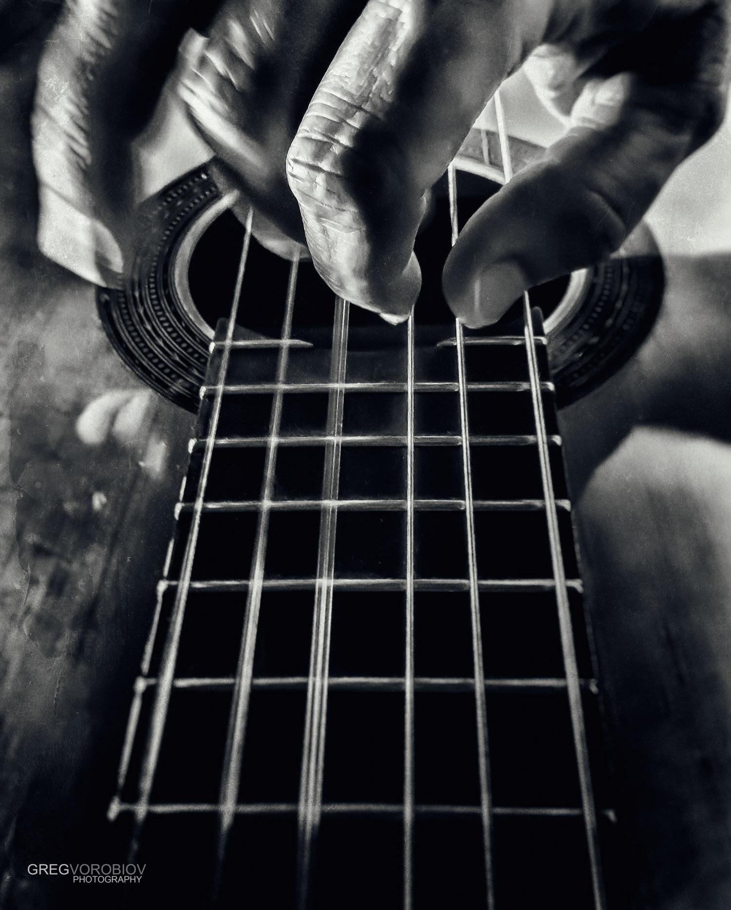 classical_guitar_hands_by_greg_vorobiov-1.jpg