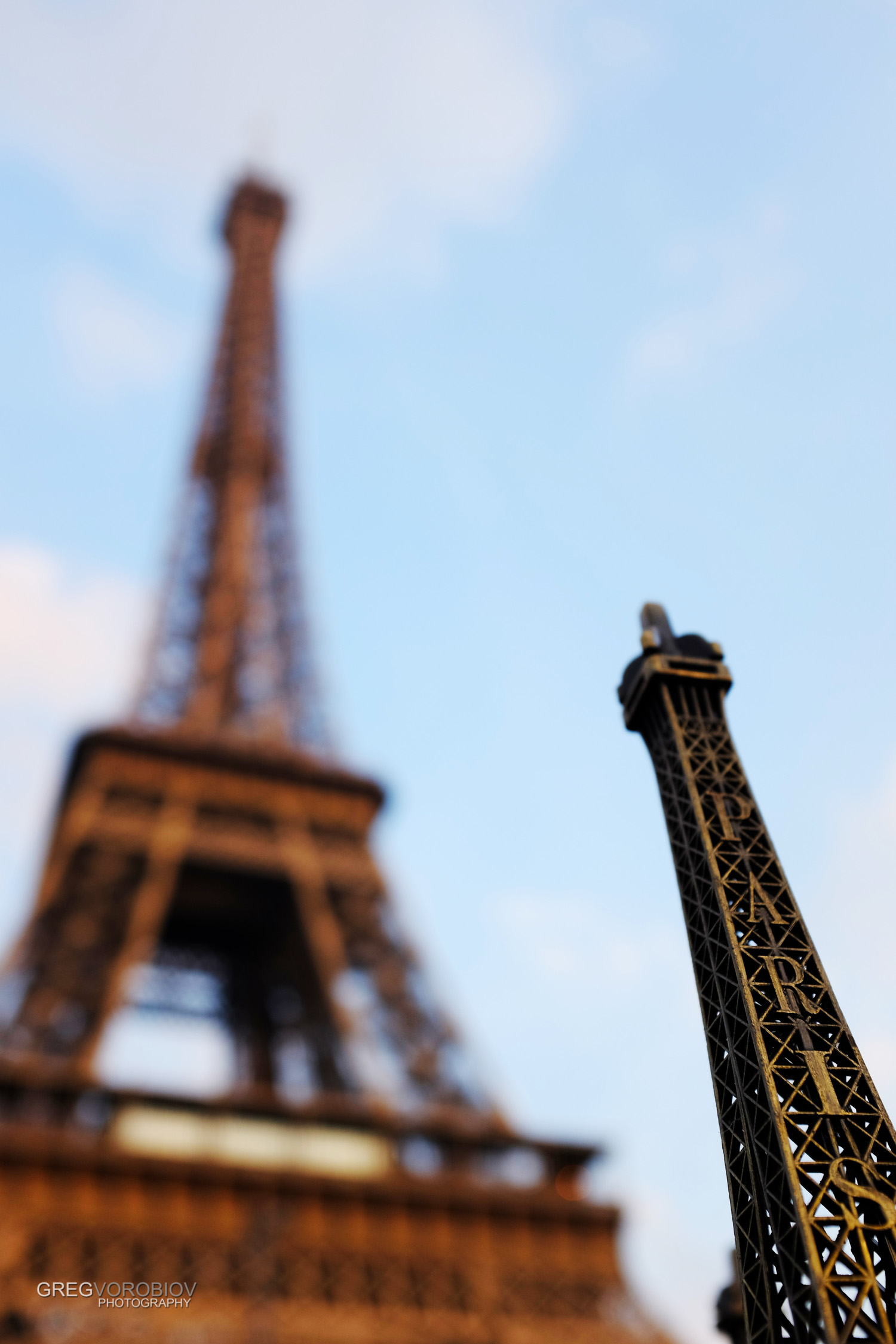 eiffel_tower_paris_by_greg_vorobiov-1.jpg