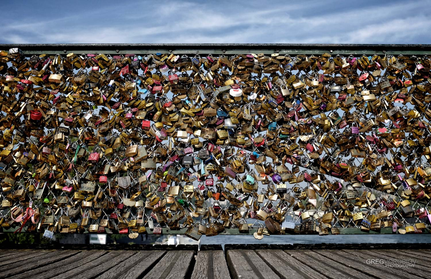 love_locks_bridge_paris_by_greg_vorobiov-1.jpg