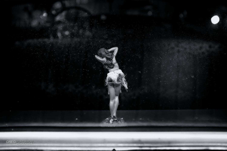 hula_girl_by_greg_vorobiov-1.jpg