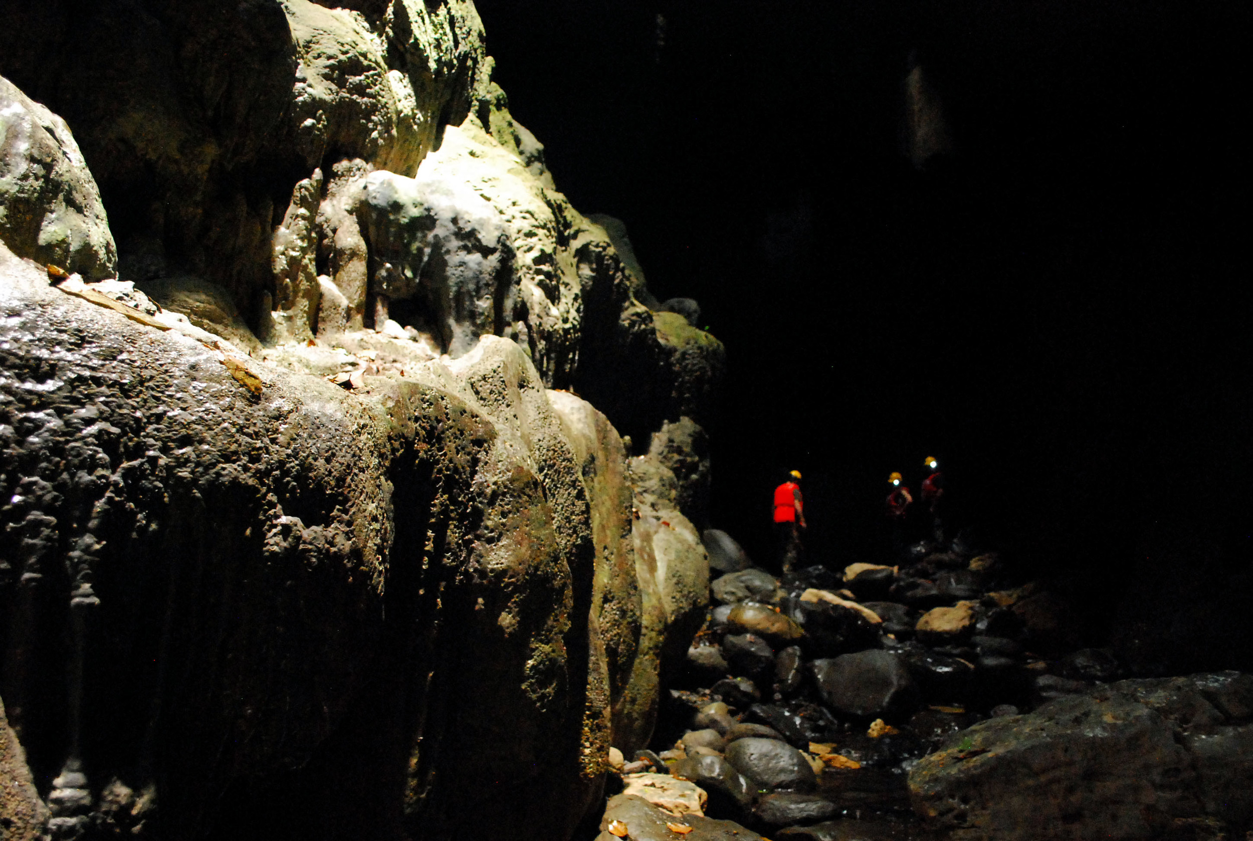 Lake Bayano Caves