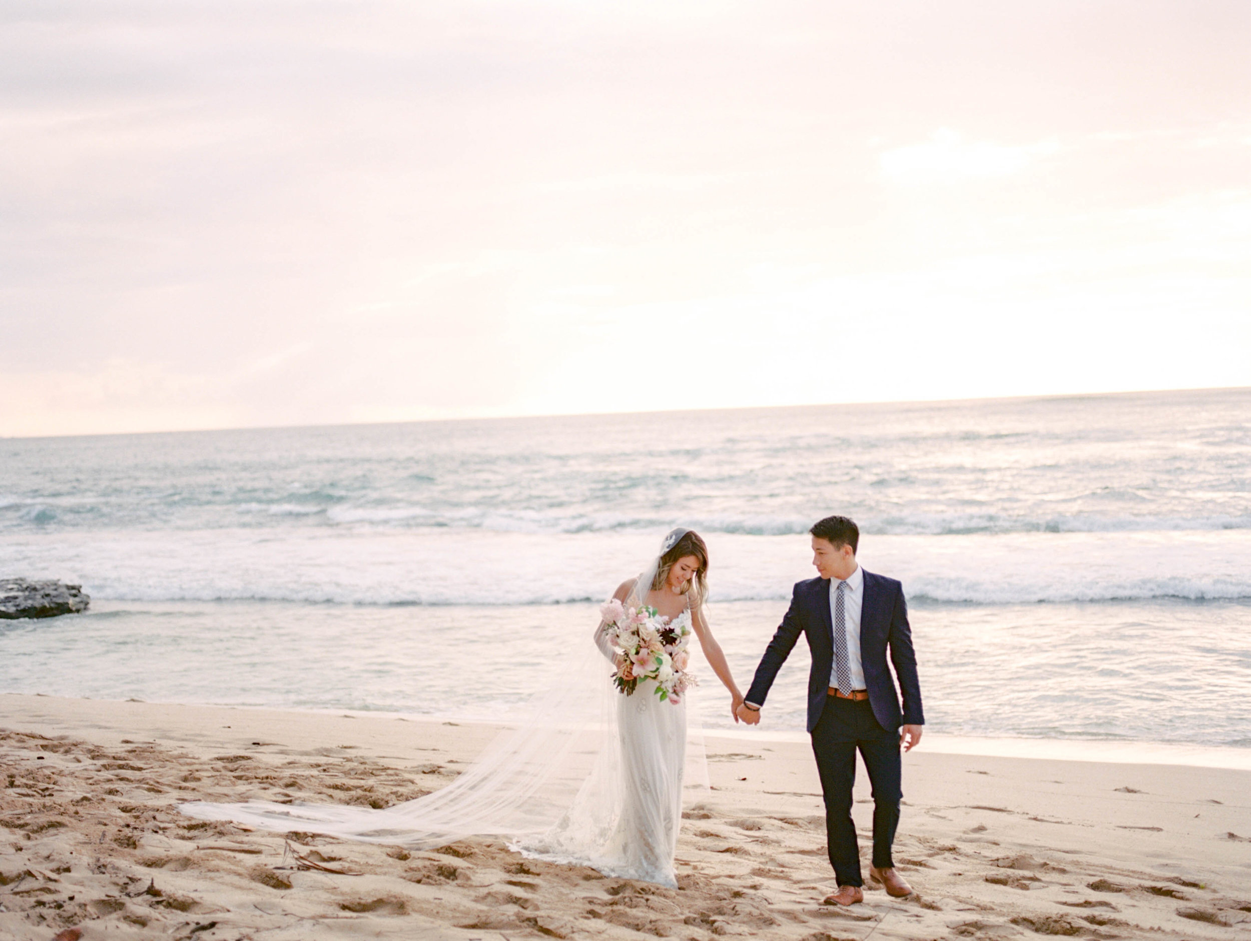 Sunset+Elopement+Inspiration+(19).jpg