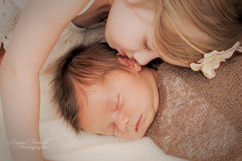 In-Home Newborn Session - Vail Child and Family Photographer-1366-3.jpg