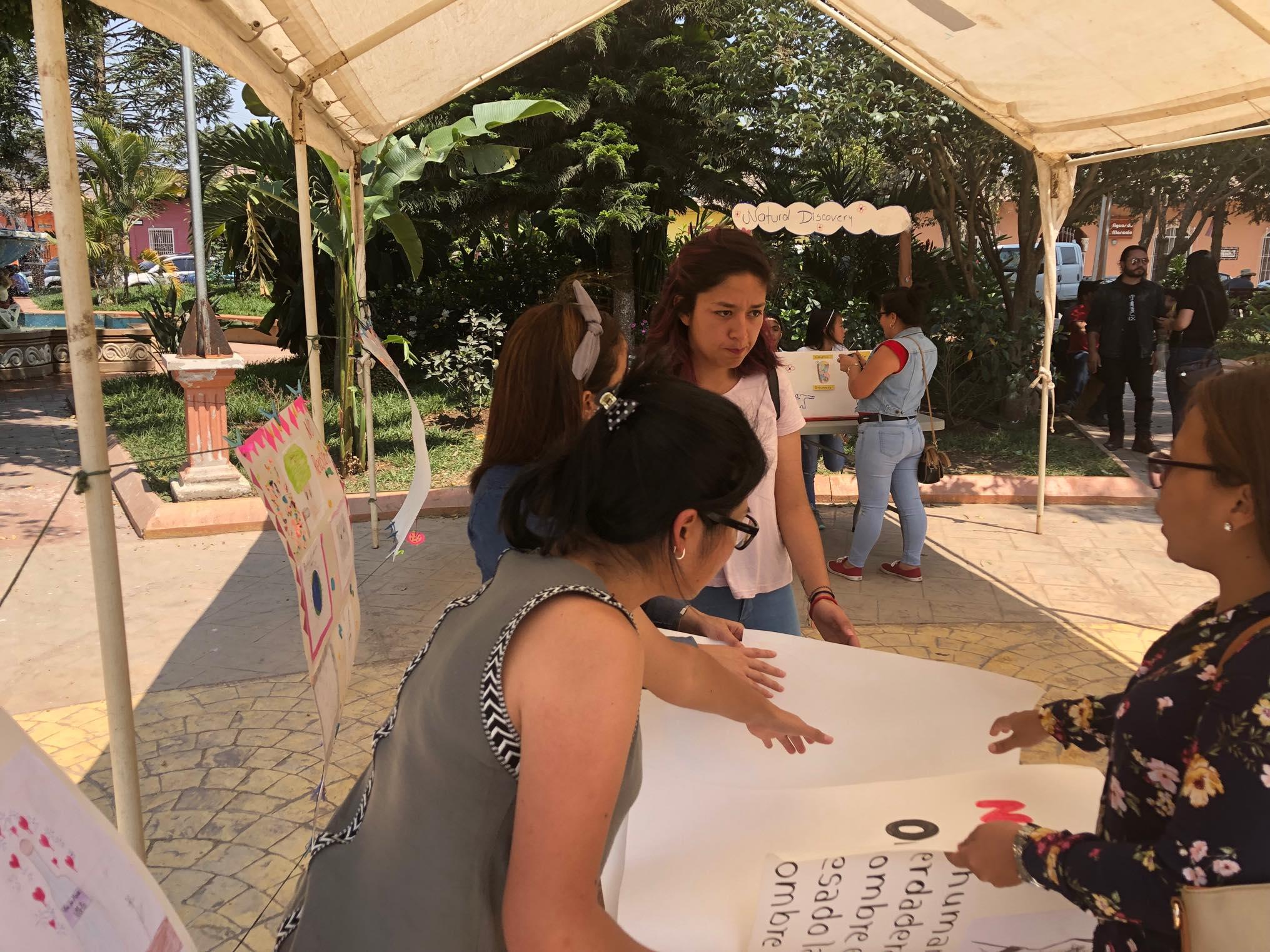 ReThink Festival Marcala no 2 ReFashionReFood ComsaInternationalSchool (68).jpg