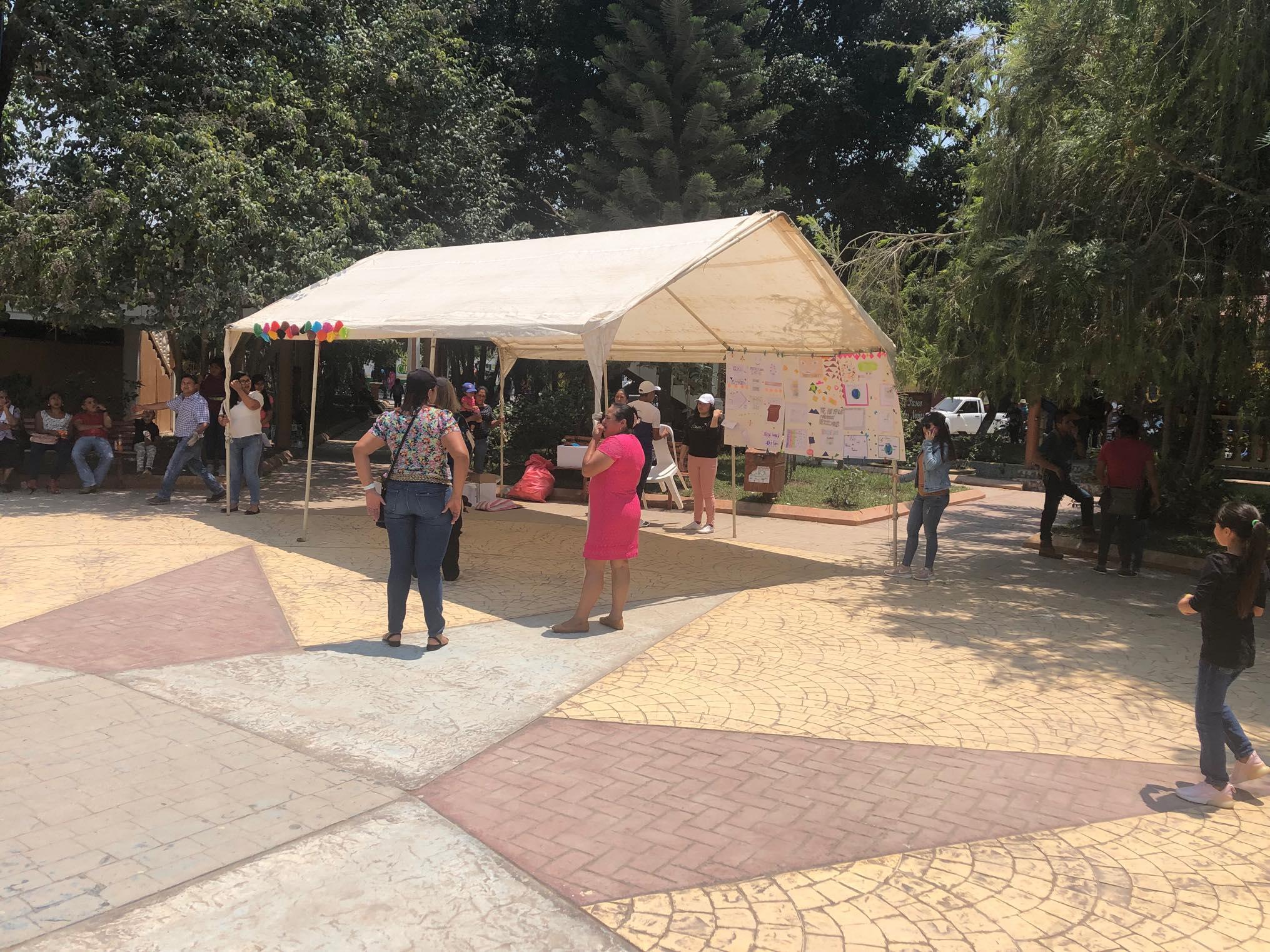 ReThink Festival Marcala no 2 ReFashionReFood ComsaInternationalSchool (12).jpg