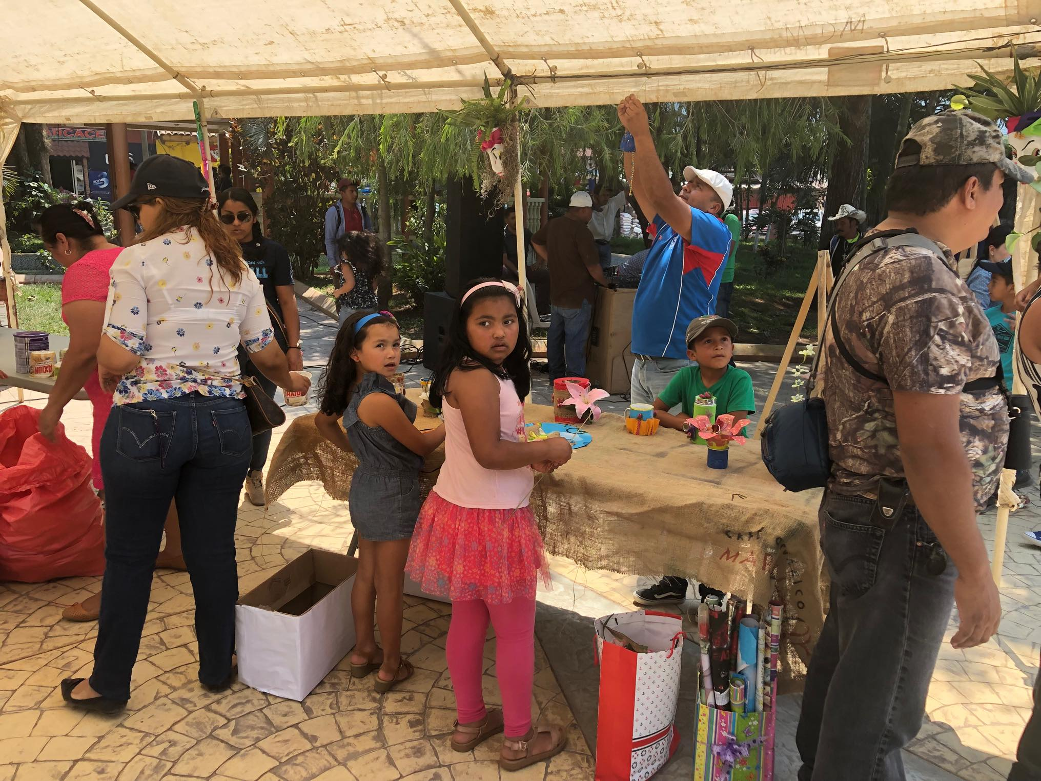 ReThink Festival Marcala no 2 ReFashionReFood ComsaInternationalSchool (64).jpg