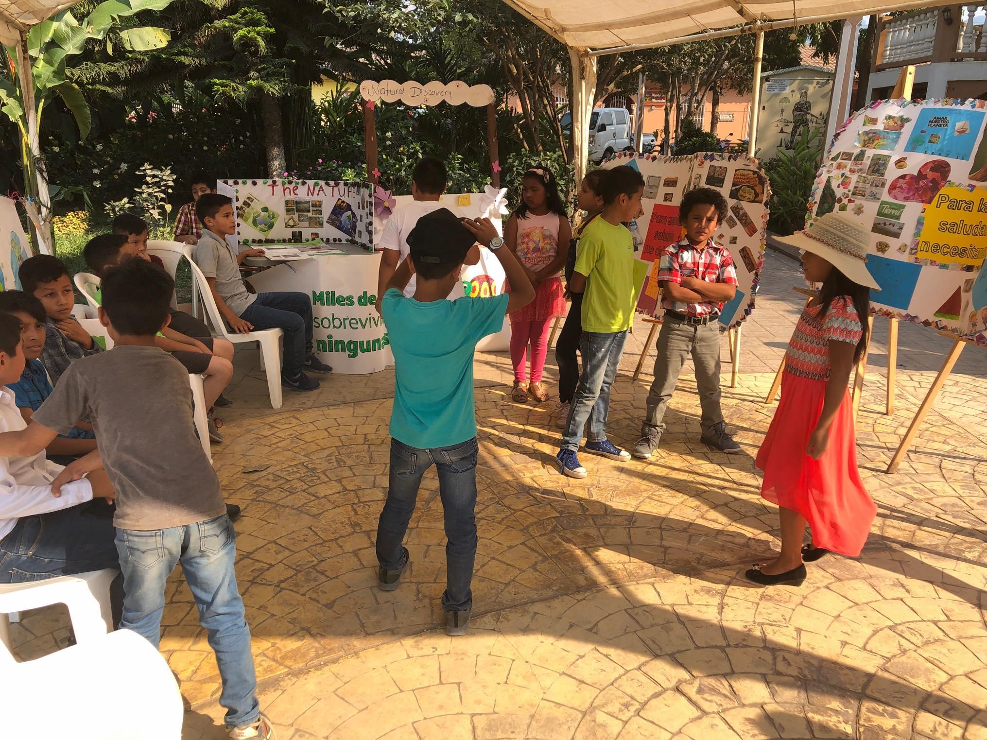 ReThink Festival Marcala no 2 ReFashionReFood ComsaInternationalSchool 117.jpg