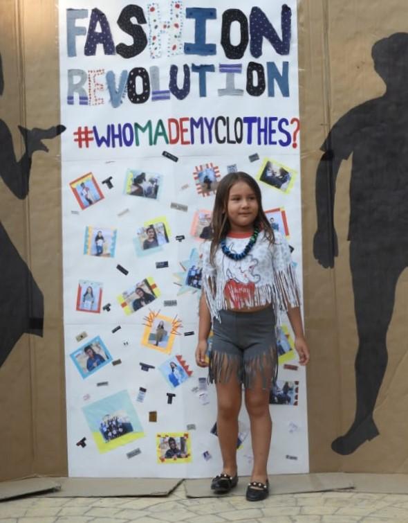FashionRevolutionMarcalaReFashionReFoodComsaInternationalSchoolx2.jpg