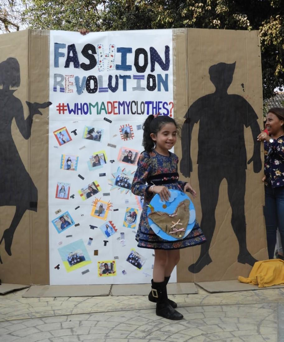 FashionRevolutionMarcalaReFashionReFoodComsaInternationalSchoolx1.jpg