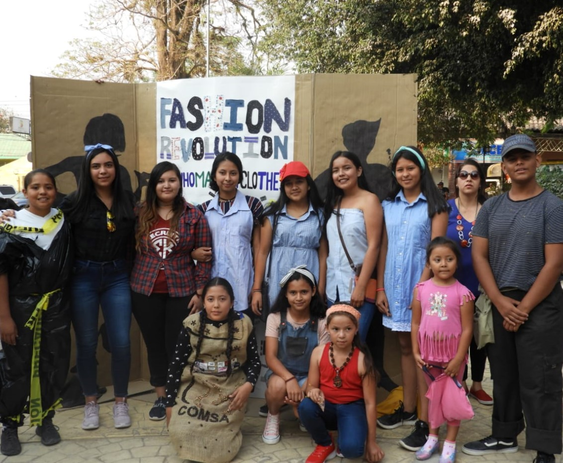 FashionRevolutionMarcalaReFashionReFoodComsaInternationalSchoolx6.jpg